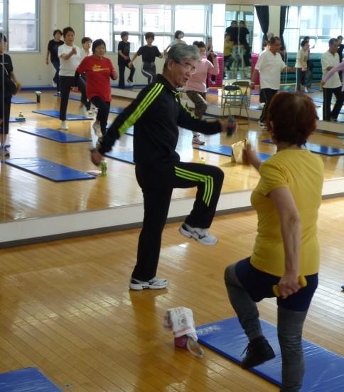 高齢者の運動は山手で